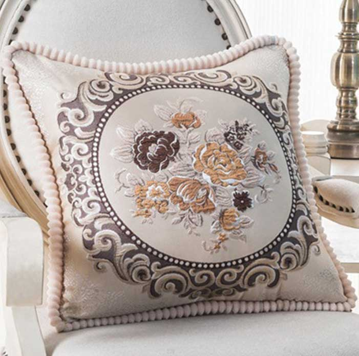 Декоративная наволочка с вышивкой шампань m-02