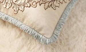 Декоративная наволочка с вышивкой m-04
